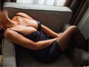 Ozden incall escort in Newton