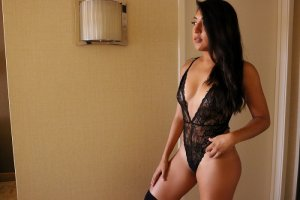 Isola adult dating in Surprise AZ & escort girls
